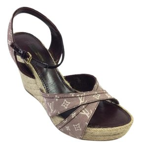 Louis Vuitton Lv Monogram Peep Toe Wedge Burgundy Sandals