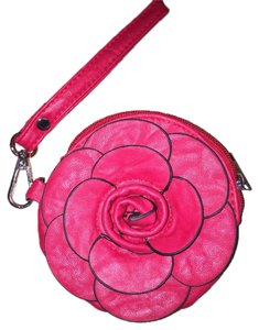 2Cute Wristlet in Red