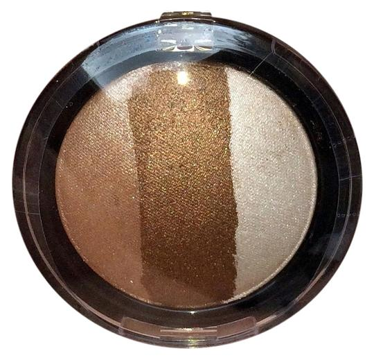 Preload https://item1.tradesy.com/images/b-vain-b-vain-3-stripe-baked-eyeshadow-natural-new-and-sealed-5733505-0-0.jpg?width=440&height=440
