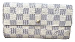 Louis Vuitton 100% Authentic Louis Vuitton Damier Azur Sarah Wallet