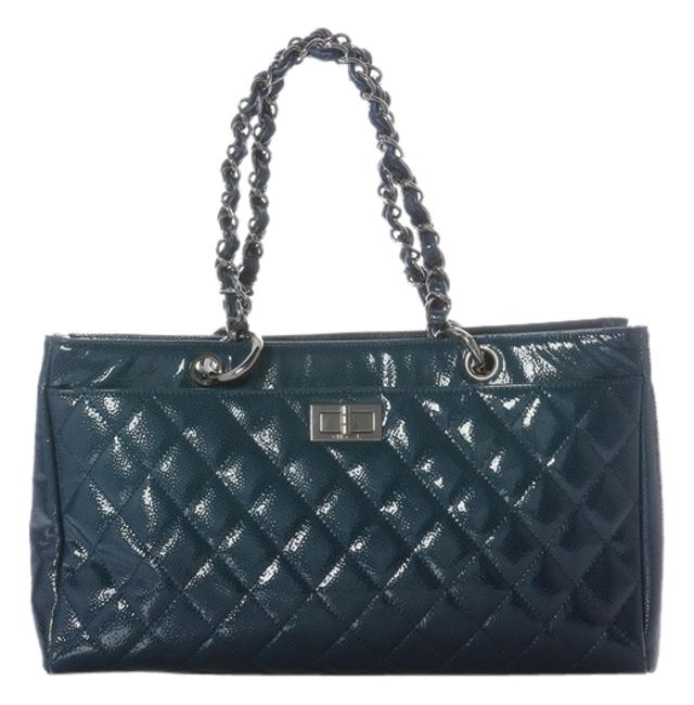 Item - 2.55 Reissue Diamond Shine Quilted Shopper Blue Patent Leather Tote