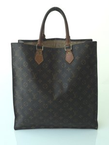 Louis Vuitton Sac Plat Monogram Messenger Bag