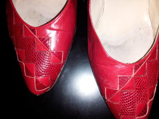 Mario Valentino Leather Genuine Lizard Twisted Heel Vintage Box Red Pumps