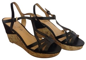 Unisa Comfy Sexy Black & Cork Wedges