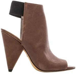 Vince Camuto Sleek Taupe Taupe/ Tan Boots