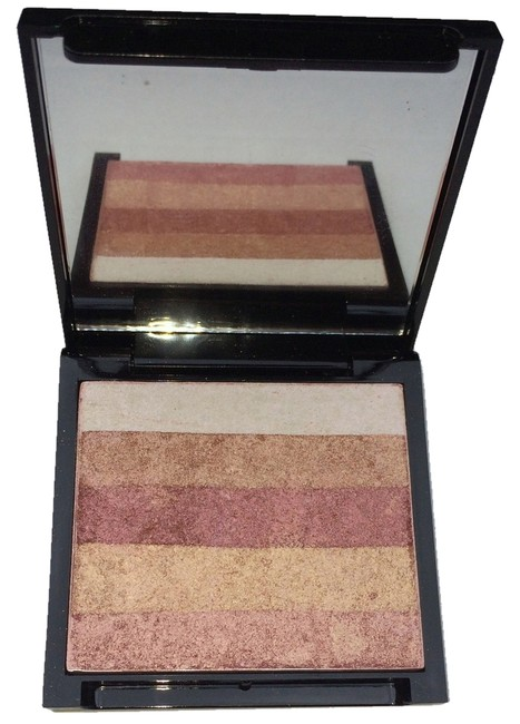 Item - Rose Glow Box Baked Shimmer Powder - - New In