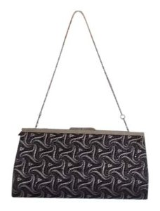 Black swirl Clutch