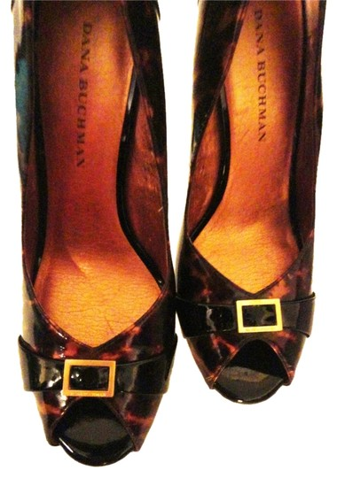Dana Buchman Animal Print Rust-Brown-Black Pumps