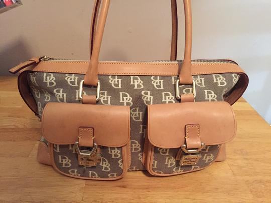 Dosney & burke Satchel in Tan and grey/blue
