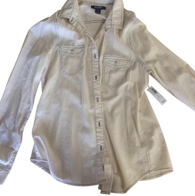 Preload https://item2.tradesy.com/images/old-navy-button-down-shirt-5742661-0-0.jpg?width=400&height=650
