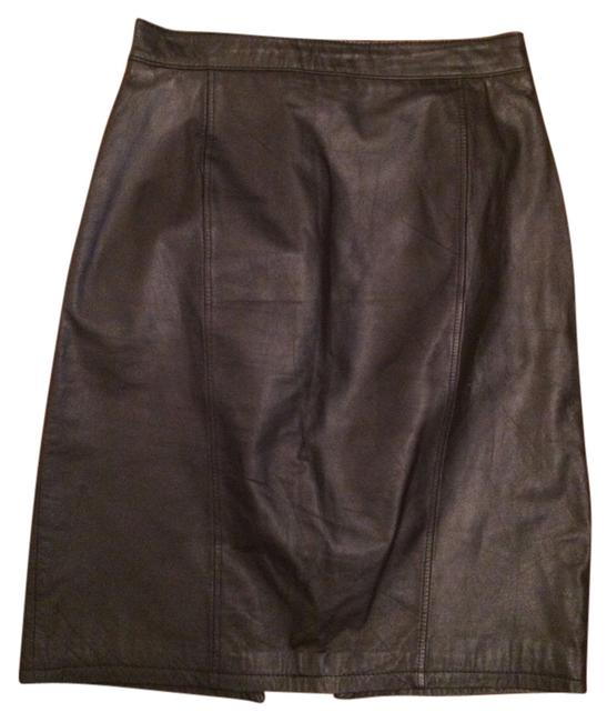 Preload https://img-static.tradesy.com/item/5742958/black-vintage-leather-knee-length-skirt-size-6-s-28-0-0-650-650.jpg