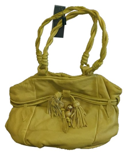 Preload https://item2.tradesy.com/images/paolo-5351-yellow-hobo-bag-5744371-0-0.jpg?width=440&height=440