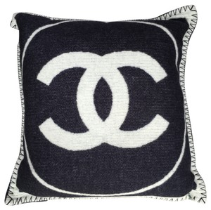 Chanel Chanel Classic White/Navy Blue CC Logo Merino Wool/Cashmere Pillow