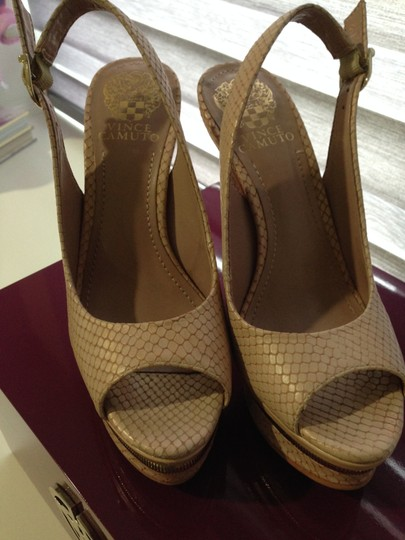 Vince Camuto Nude/pink Pumps