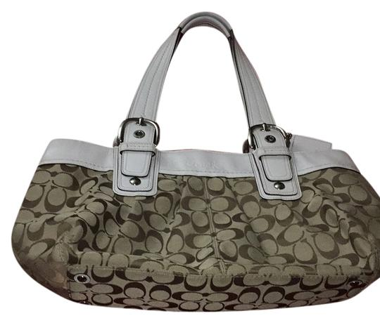 Preload https://item5.tradesy.com/images/coach-shoulder-bag-tan-and-brown-5750374-0-0.jpg?width=440&height=440