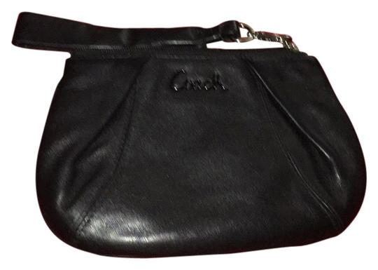 Preload https://item4.tradesy.com/images/coach-black-leather-wristlet-5751433-0-0.jpg?width=440&height=440