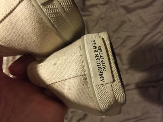 American Eagle Outfitters White Athletic