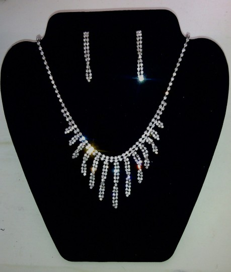 Claire's Rhinestone Swarovski Elements Necklace And Earrings Set