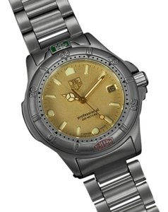 TAG Heuer Tag Heuer Professional 4000 Mens Midsize Diver Watch - Stainless Steel