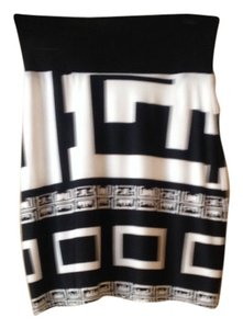 analili Mini Skirt Black $ white print very soft skirt