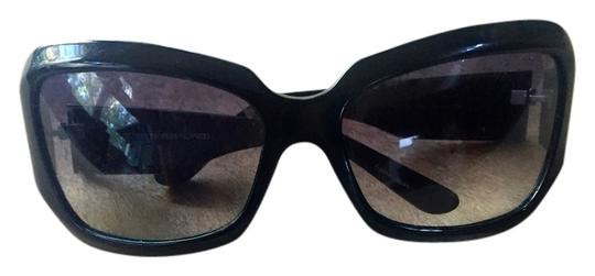 Preload https://item1.tradesy.com/images/oliver-peoples-oliver-peoples-black-sunglasses-made-in-japan-5758600-0-0.jpg?width=440&height=440