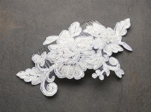 Mariell Mariell Romantic English Rose Ivory Lace Wedding Comb 4089hc-i