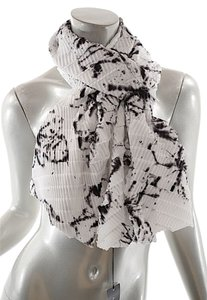 Babette BABETTE White/Charcoal 100% Polyester Pleated Scarf Dbl Layer - 67