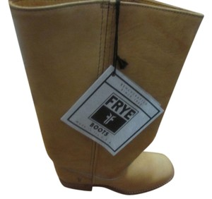 Frye High Length Low Heel Chunky Heel tan Boots