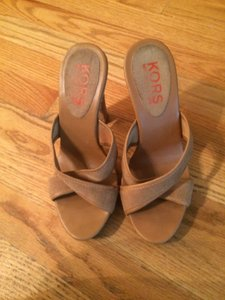 Michael Kors Suede Tan Sandals