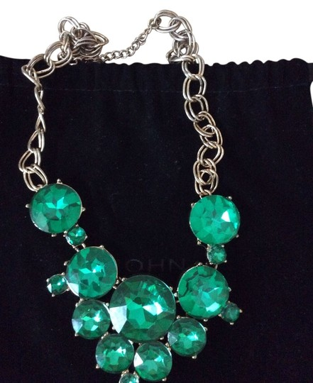 Other Emerald color and gold chain necklace