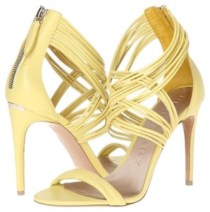Burberry Gems Delabole Delabole Yellow Sandals