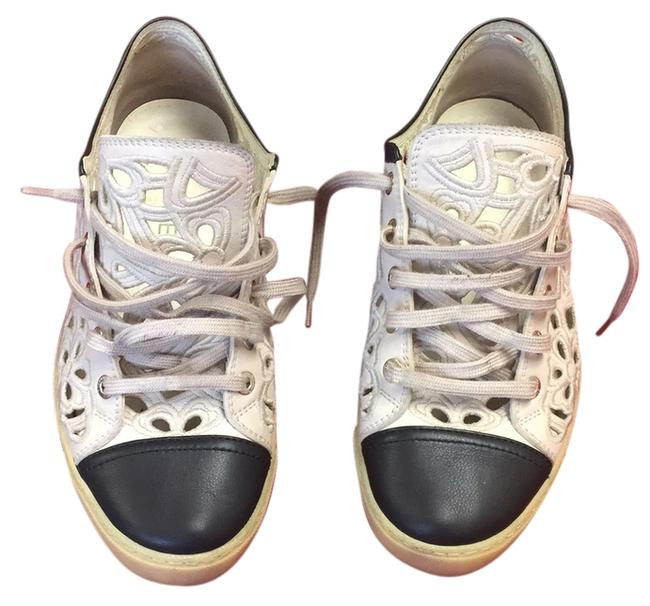 Item - Cream and Black Lace Sneakers Size US 8 Regular (M, B)
