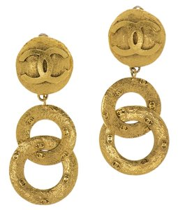 Chanel Chanel Vintage Gold Dangle Earrings