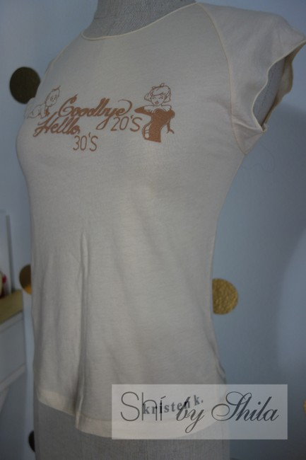 Other Goodbyes 20's And Hello 30's By Shila T-shirt Baby Girl Girl Baby T Shirt Beige