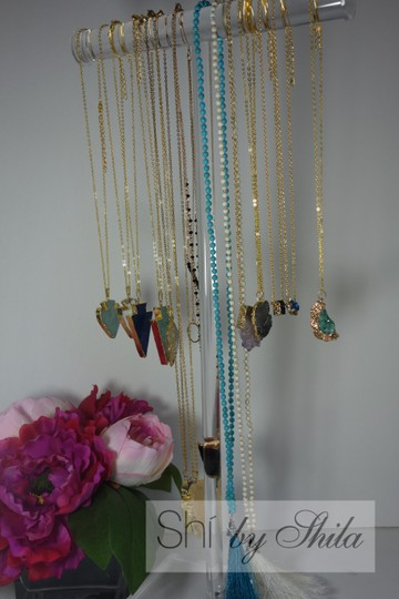 Other Turquoise Beads Necklace with a Tassel Image 9