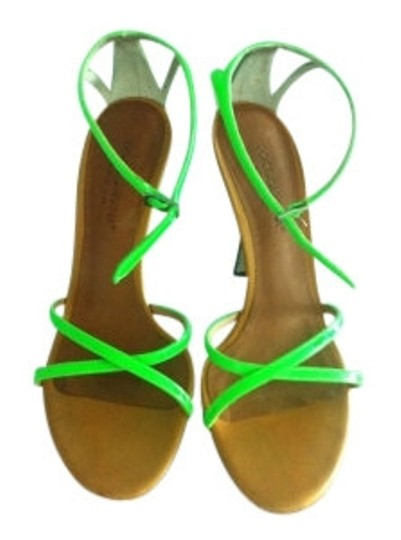Preload https://img-static.tradesy.com/item/5776/dolce-and-gabbana-neon-green-sandals-size-us-6-0-0-540-540.jpg