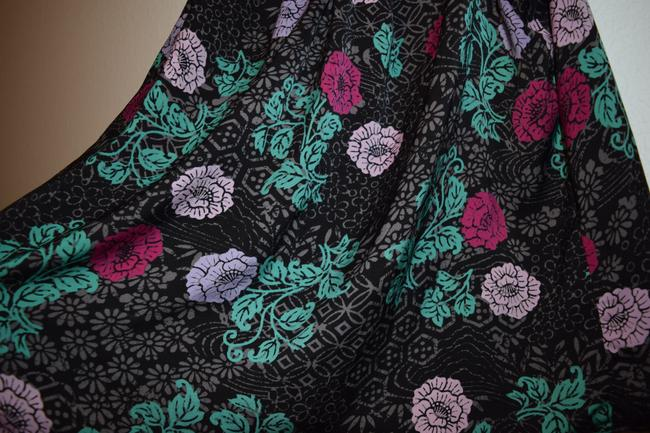 Torrid Sleeveless Flowy Casual Night Out Date Night V-neck Polyester Top Black Floral