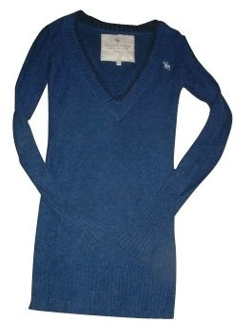 Preload https://item5.tradesy.com/images/abercrombie-and-fitch-blue-sweaterpullover-size-8-m-579-0-0.jpg?width=400&height=650