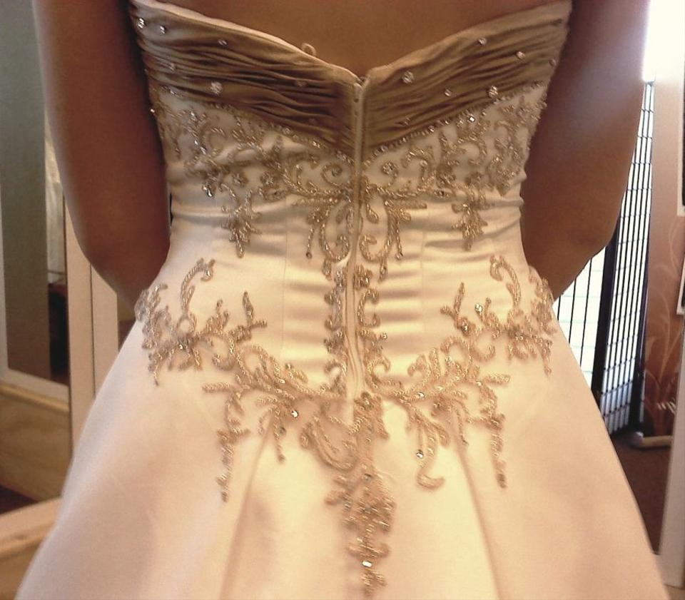Wedding Gowns With Swarovski Crystals: Allure Bridals 8285t Ivory Couture Gown With Swarovski