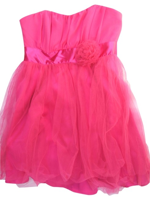Preload https://item2.tradesy.com/images/pink-womens-junior-strapless-bubble-shortminiknee-new-mid-length-cocktail-dress-size-4-s-5799631-0-0.jpg?width=400&height=650