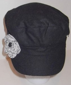 Gatsby Newsboy Conductor Cabbie Cap Hat Black Flower By August Accessories