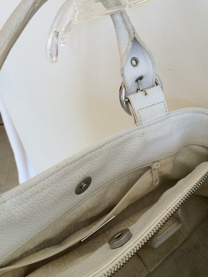 Charles David Leather Pebbled Classic Satchel in White Image 7
