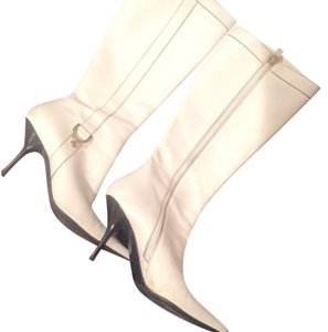 Gucci Leather Zipup Heels White Boots