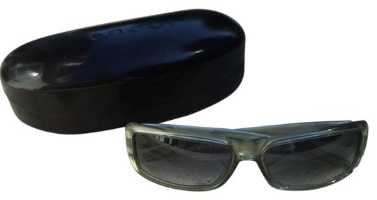 Preload https://item1.tradesy.com/images/gucci-green-tinted-sunglasses-5813215-0-0.jpg?width=440&height=440