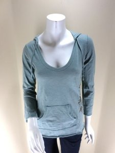 Lucy Activewear Blue Green Sweatshirt
