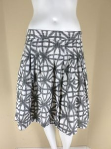 Club Monaco Off White Black Gray Raised Polka Dot 100 Pleated Skirt Multi-Color