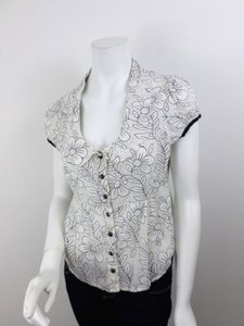 Edme & Esyllte Anthropologie Black Floral Button Front Top Off-White, Black