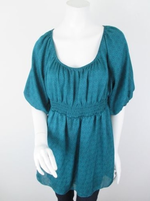 Preload https://img-static.tradesy.com/item/5818366/odille-anthropologie-green-blue-floral-peasant-tunic-top-shirt-blouse-0-0-650-650.jpg
