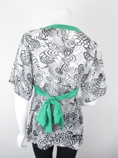 FEI Anthropologie Lashbuna Wht Floral Asian Print Kimono Top White, Black, Green