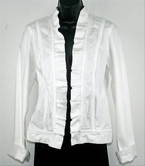 Preload https://item5.tradesy.com/images/chico-s-chicos-platinum-0-white-ruffle-front-folded-cuffs-denim-blazer-b194-5820004-0-0.jpg?width=400&height=650